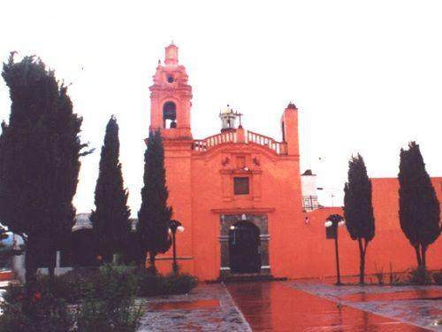Paseo por Mexico Templo de San Pedro Tlalcualpan en Chiautempan